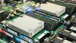 400 GB RAM'li Bilgisayarda GTA 5'i Denedik! (20.000 TL'lik canavar!)