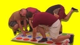 Twister Oynadık - Çok Eğlenceli Oyun